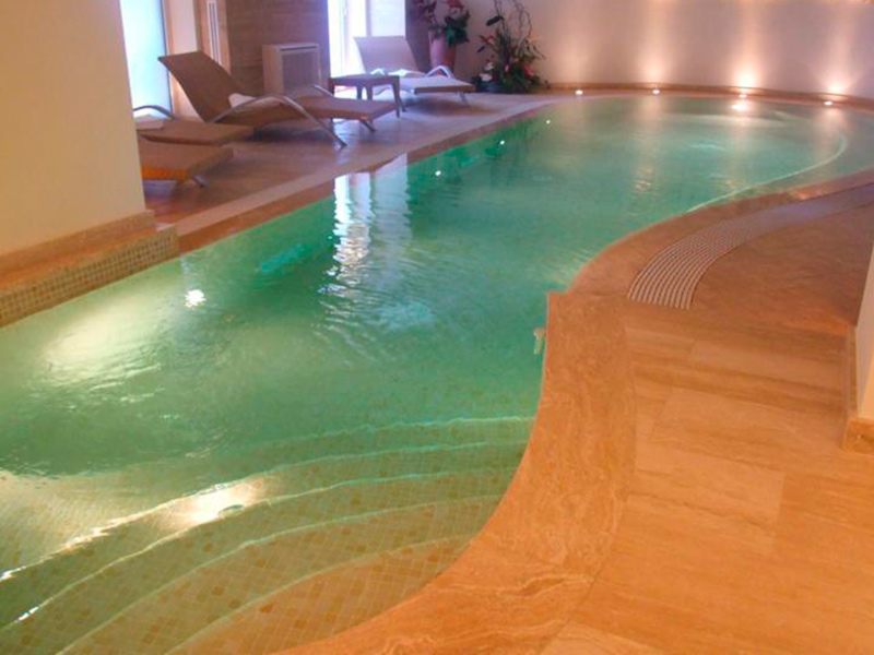 Piscine vendita installazione e realizzazione piscine - Piscine da interno ...